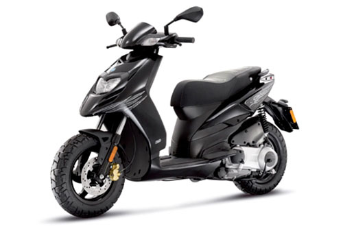 Nuevas scooters de alquiler en Menorca