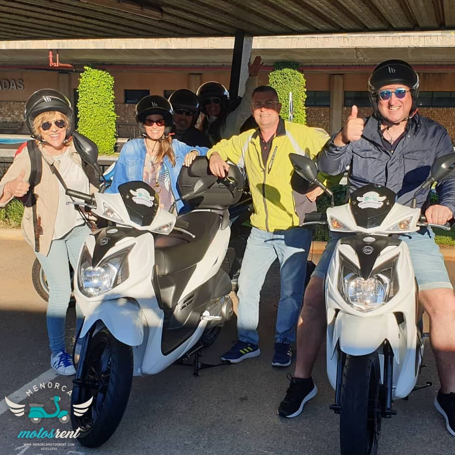 Alquiler motos Menorca Aeropuerto Mahón
